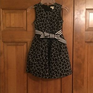Children's Place, heart-pattern dress. Size 6.